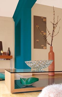Farby Dulux® Intensive są dostępne w marketach budowlanych sieci